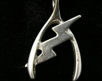 LUCKY WISHBONE Lucky Charm Pendant Necklace sterling silver 925