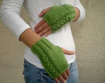 Womens Fingerless Gloves in Olive Green