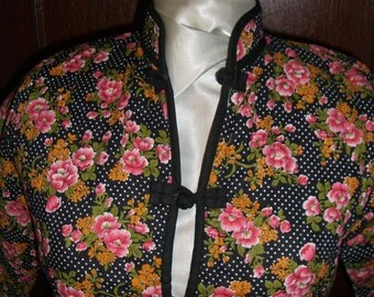 Asian Mandarin  Collar  Black and White Polka Dot Quilted Cotton Jacket. Pink Orange Flowers. Vintage Overstock. FREE DOMESTIC SHIPPING.