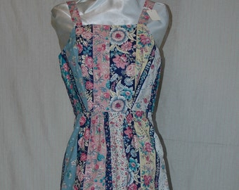 SALE. WAS 29.95. Floral Striped Sun Dress with Hidden Pockets.    A Designers Den handmade original.  FREE domestic shipping.