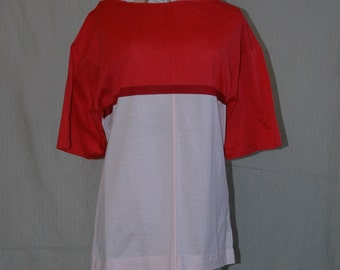 SALE WAS 11.95. Italian Color Block T- Shirt. Burgundy and Pink. vintage overstock, never worn.  FREE domestic shipping.