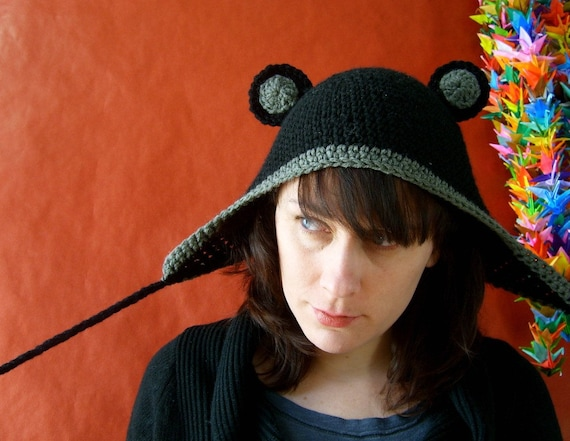 Grr. I'm a Bear. Vegan-friendly hat with ears and ear flaps.
