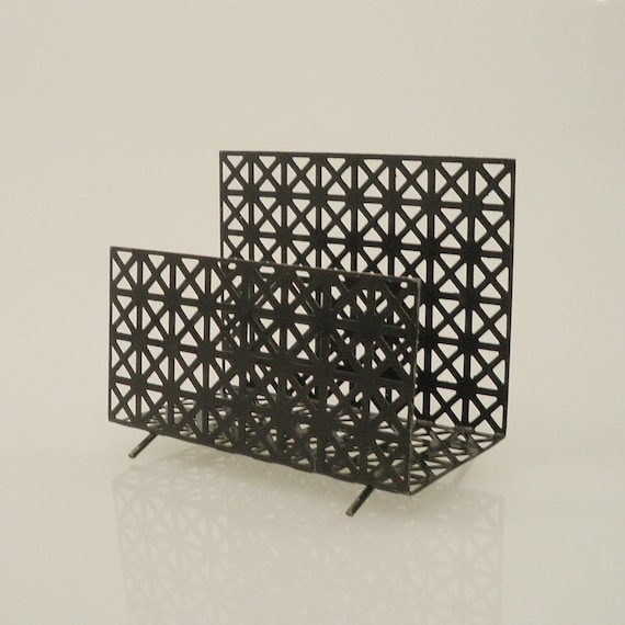 Vi n t a g e  Modern Black Metal Mail Orgnaizer CD Holder