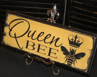 Queen Bee Sign/Great Mother's Day Gift/Queen Sign/Royal Sign/Wood Sign/Christmas Gift/Bee Sign
