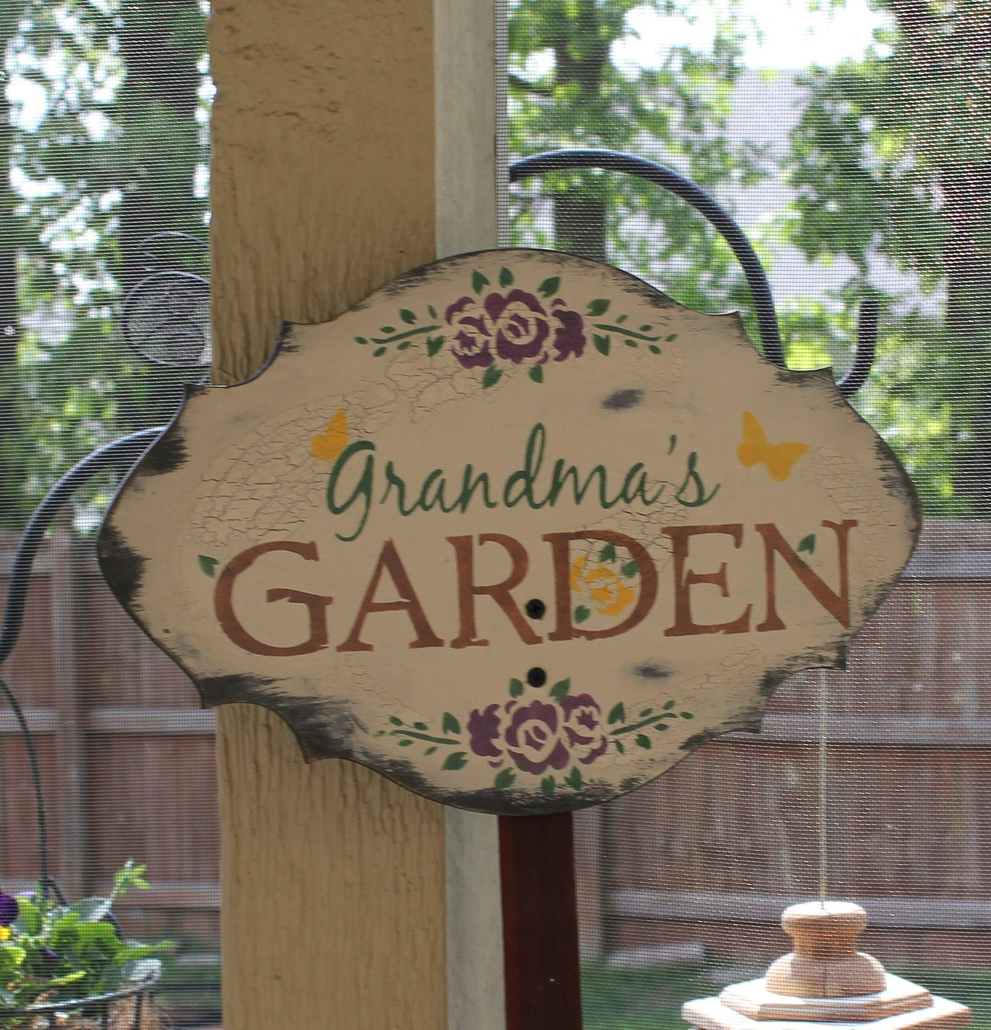 Grandma 39 s garden decorative sign by thegingerbreadshoppe for Outdoor decorative signs