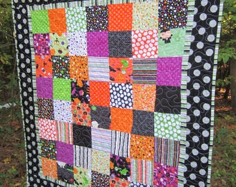 Halloween Quilt Wall Hanging or Table Topper in Fun Trick or Treat  Fabrics
