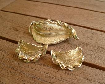 Vintage Costume Golden Leaf Brooch and Clip Earring Set