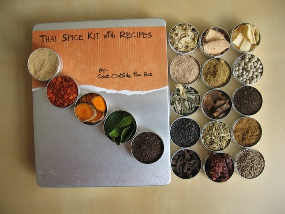 Large THAI Spice kit with recipes - 20 glass-top tins of 33mm diam packed in an aluminium box