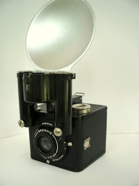 Vintage Brownie Flash Six 20 Kodak Camera