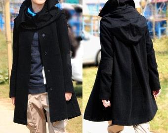 Black wool coat / removable cap