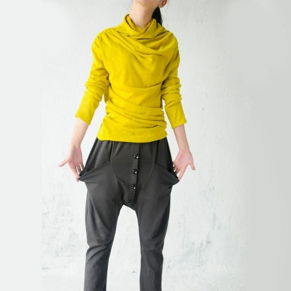Yellow sweater folds