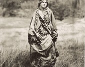 olde photograph of a native american woman