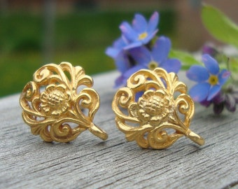 2 pairs, 24k Vermeil Sterling Silver Filigree Floral Ear Post Earrings With Ear Nuts 12x10 mm - EP-0001