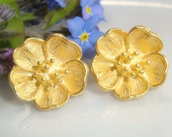 Absolutely Beautiful, Rich 24K Gold on Pure Sterling Silver, Look Just like Forget Me Not - 2 pairs - EP-0007