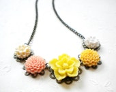 Flower Necklace Yellow Choker Necklace Pendant Necklace Yellow Flower Necklace Summer Yellow Jewelry Bright Yellow Necklace