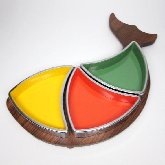 Fish Dish - melamine, metal serving dishes & wood tray