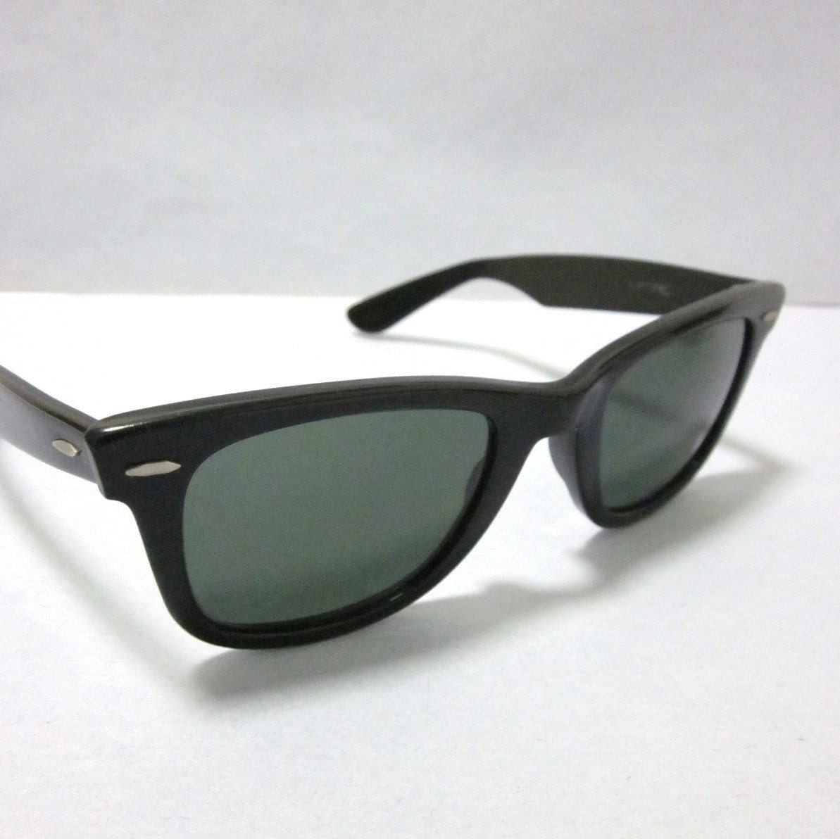 984444375c9 ... Collections Frame Types Best Sellers Lens Types New Arrivals Shop By  Model. b y l ray ban