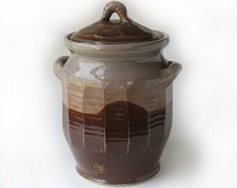 Rust Brown Cookie Jar