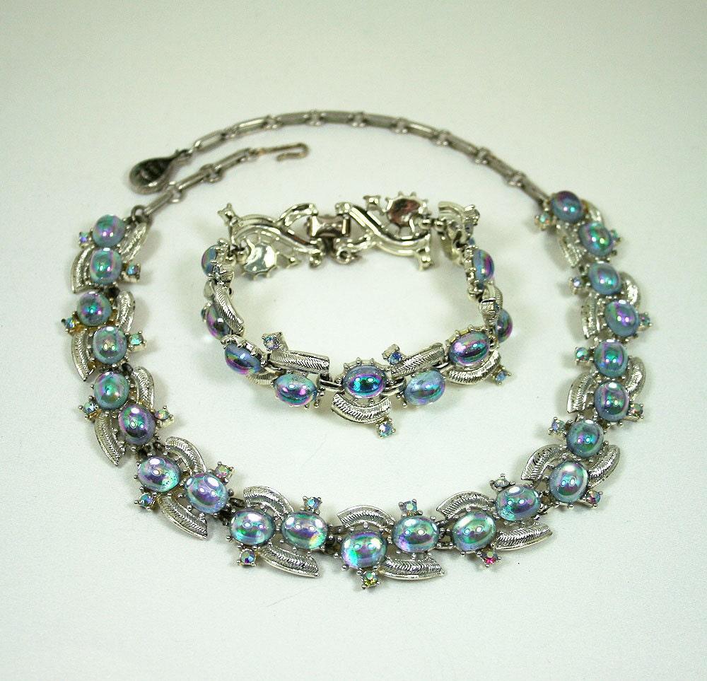 vintage coro necklace bracelet iridescent lucite cabochon