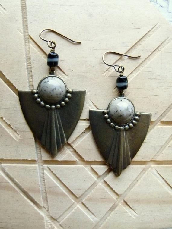 Oreo Tribal// Art Deco tribal arrowhead geometric dangle earrings -brass, black and creme marble