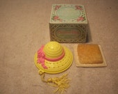 vintage avon picture hat closet pomander and potpourri fragance wax chips with box