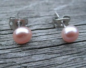 SALE, Earrings, Studs, Pearls, Cultured Pearl, Freshwater, Real Pearl, Wedding, Bride, Bridesmaid, Bridal, Tiny, Small, Mini, Budget, Pink, Lilac Violet, Petal, Rosy, Lavender, Promotion, Discount, Handmade Jewelry by BoutiquePeony on Etsy