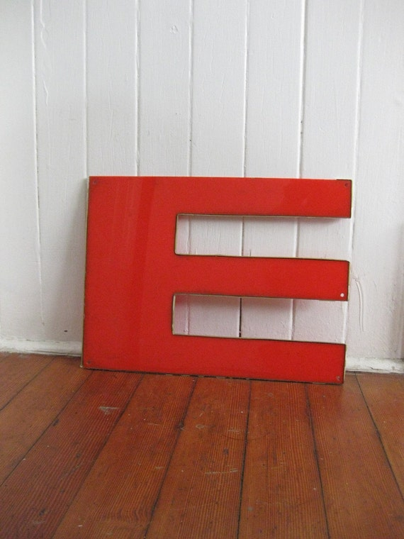 RESERVED FOR LINATHERESE Red and Gold Letter 'E', 'W', 'M'