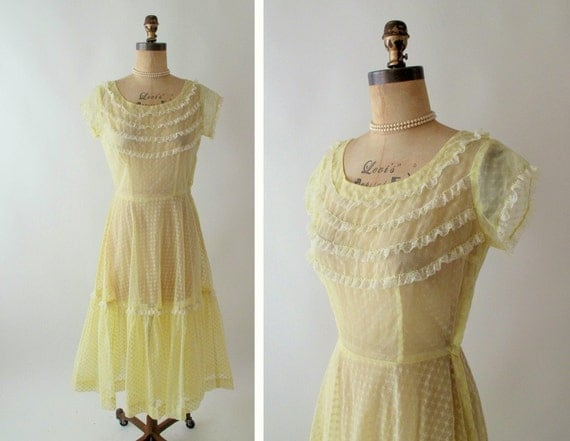 Vintage 1950s San Antonio Flocked Buttercup Dress