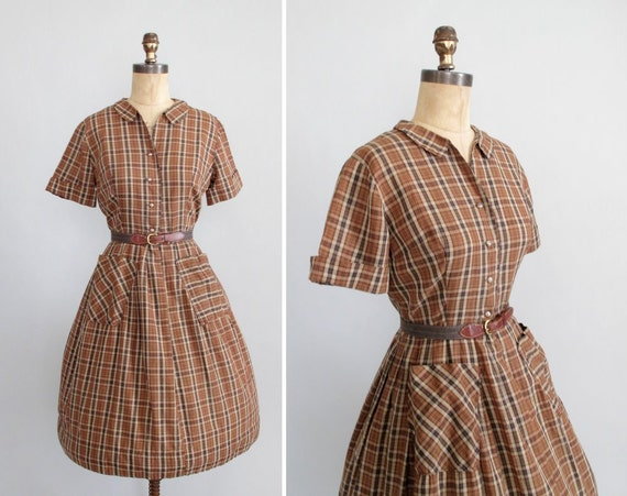 Vintage 1950s Dress : 50s 60s Brown Plaid Shirtwaist Dress