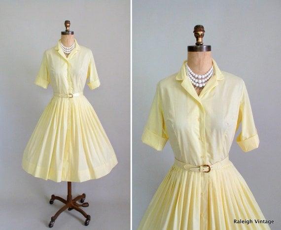 Vintage 1960s Dress : 50s 60s Yellow Shirtwaist Dress