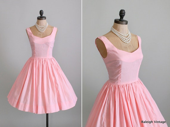 Vintage 1960s Dress : 60s Pink Crepe Sundress