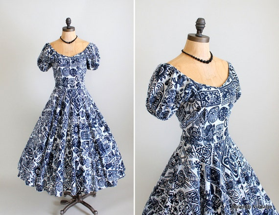 Vintage 1950s Dress : 40s 50s Full Skirt Tiki Dress