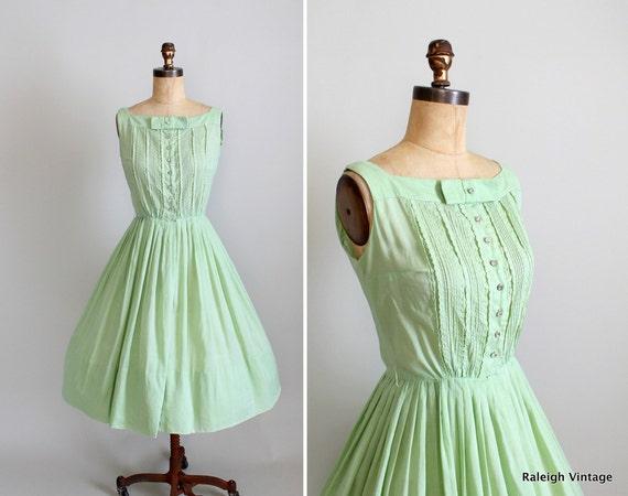 Vintage 1950s Dress : 50s 60s Mint Green Sundress