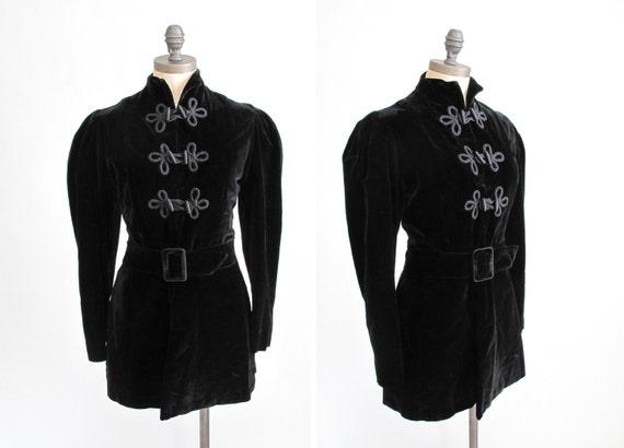 Antique Edwardian Velvet Jacket : Vintage 1910s Black Toggle Princess Coat