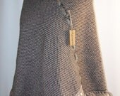 PONCHO //  WEAVING  LOOM  //  KNIT DOUBLE  COLLAR // BROWN  AND  BEIGE