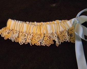 Antique lace garter