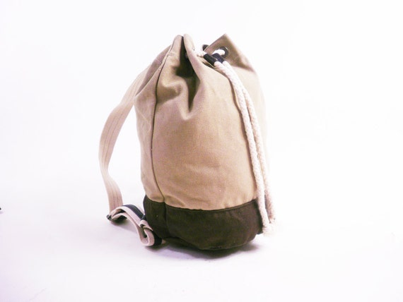 s a l e Vintage Sandstone and Brown Backpack // Cotton Canvas and Rope Drawstring / Camper Ruck Sack