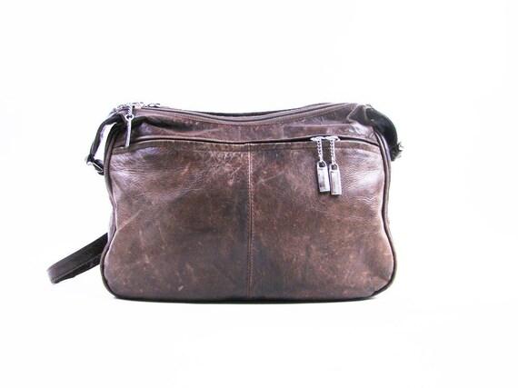 Vintage Olive Green Distressed Leather Shoulder Purse with Zipper Details
