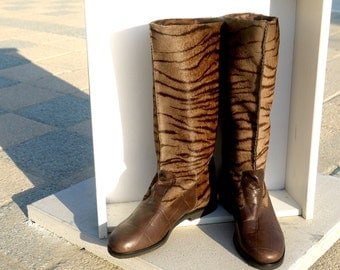Vintage hairy tabby boots - size 6.5 - 80s - Made in Italy - New and Never Worn