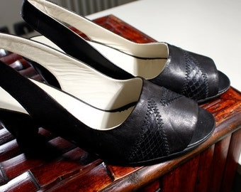 BLACK HEELED SANDALS - size 6.5 - '80 - Made in Italy - New and Never Worn