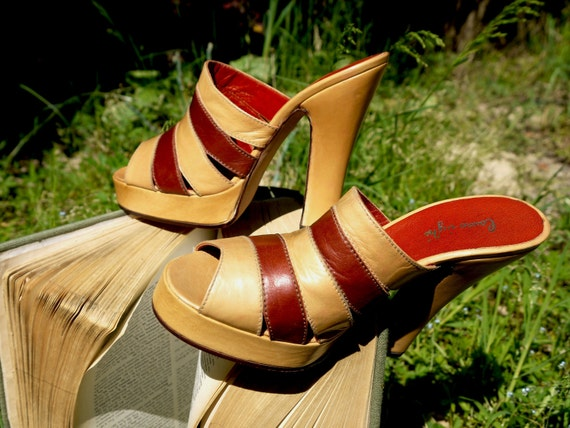 Vintage heeled sandals : striped kidskin sabot mules  - size 5.5 - 70s - Made in italy - New and Never Worn