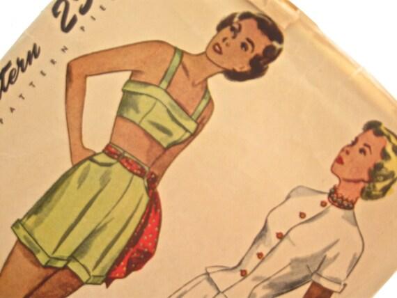 Simplicity 2825: 1940s Vintage Bra and Shorts Pattern Bust 36 Summer Beachwear