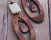 Earrings Mother of Pearl Shell Antique Copper Dangle Earrings