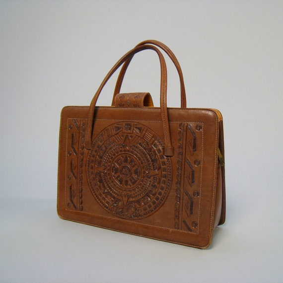 Vintage 1970s tooled and quilted tan leather purse