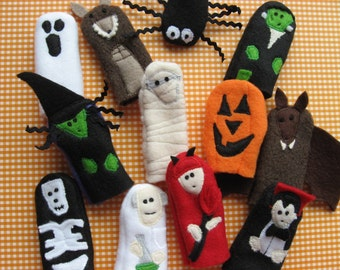 You choose 3- HALLOWEEN BUDDIES- Furry Fingers Finger Puppets