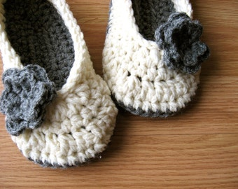 Womens Crochet House Slippers- Cream and Heather Gray