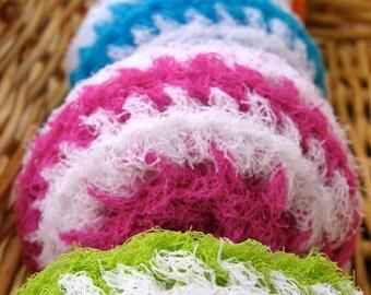 Set of 5- Bright and White Nylon Net Swirl Scrubbies