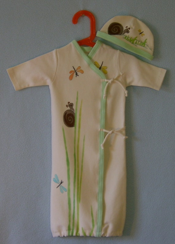 Organic Baby Kimono Style Nightie/Sleepsac with matching Baby Hat NB- 3mo. Snails and Dragonflies Playing in the Grasses.