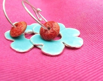 Flower earrings Turquoise Resin and Coral Stone Sterling Silver Hoop