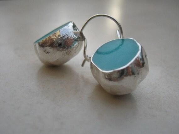 Sterlins Silver Turquoise Pool Earrings